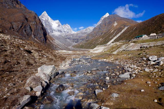 The surrounding mountains around Machhermo